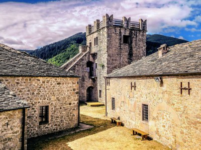 Castles in the Apennines
