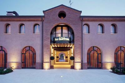 La Cantina  4 stars