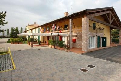 Gabarda Hotel