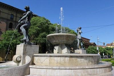 Fontana dei due fiumi modenesi