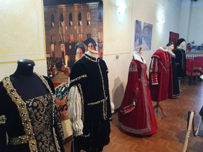 Museo fili d'oro a palazzo nel borgo di Castelvetro